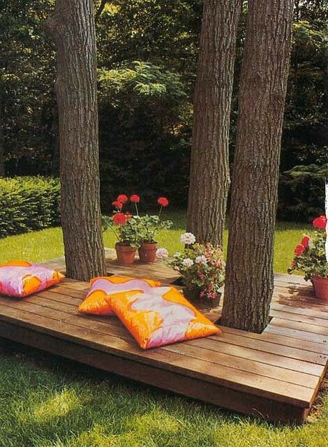 Backyard #garden sitting idea...it's cool