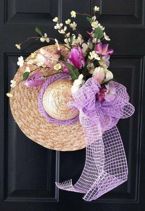 Its tooo cute #flower decoration idea to decorate main door. #gardening #garden #homegarden