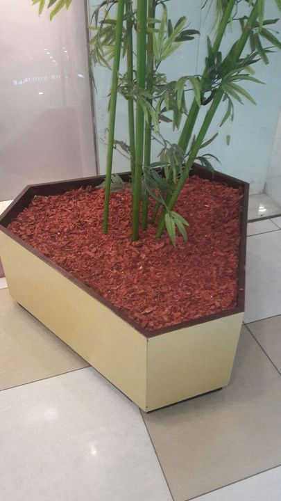 #DekoChip by Sharpex  Natural, durable material for creating appealing flower beds, garden areas and also for floor decoration get it from https://goo.gl/pWFkga