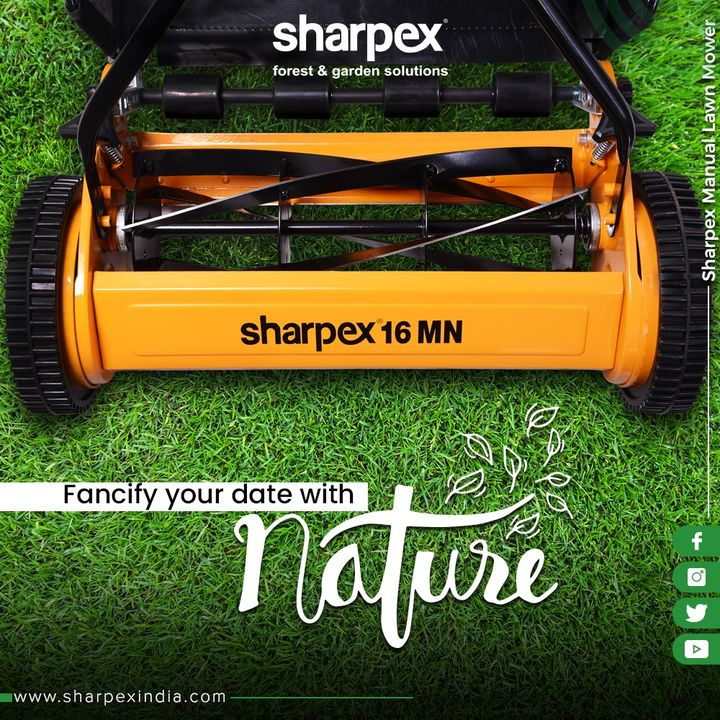 A lawn is a go-to place for all the landscape & nature lovers. Fancify your date with nature by maintaining the charm of your lawn spaces with our high-end Manual Lawn Mower!  #SharpexIndia #GardeningTools #ModernGardeningTools #GardeningProducts #GardenProduct #Sharpex