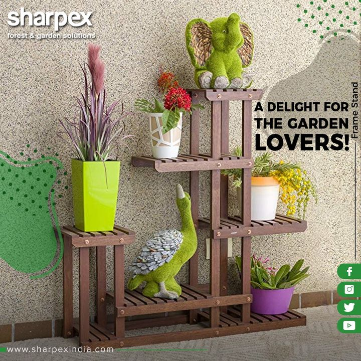 Be it outdoor gardening or indoor gardening, this frame is a perfect pick for the gardening lovers!  #GardeningTools #ModernGardeningTools #GardeningProducts #GardenProduct #Sharpex #SharpexIndia