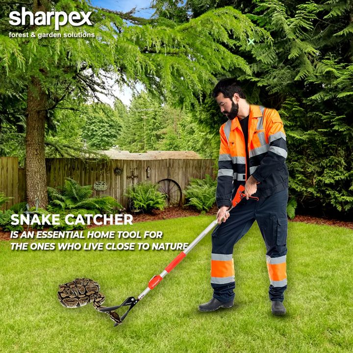 The snake catcher is an essential home tool especially for the ones who live closer to nature. This gardening tool helps in relocating the snakes with safety without harming the creature.  #GardeningTools #ModernGardeningTools #GardeningProducts #GardenProduct #Sharpex #SharpexIndia
