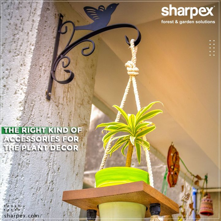 Sharpex Gardening Community offers an array of accessories that will help the enthusiastic gardeners to elevate the quotient of their plant décor.   Take a look at our product range and buy the gardening products of your choice.  #GardeningTools #ModernGardeningTools #GardeningProducts #GardenProduct #Sharpex #SharpexIndia