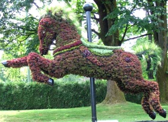 horse jumping garden art
