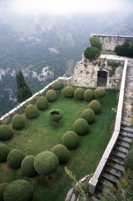 ancient rooftop garden