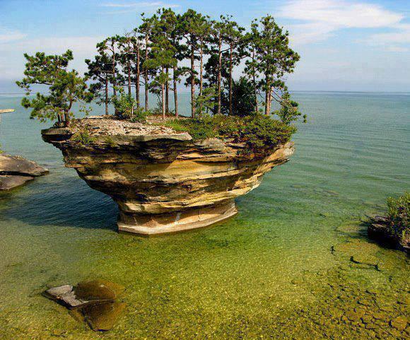 Turnip Rock, Michigan, USA