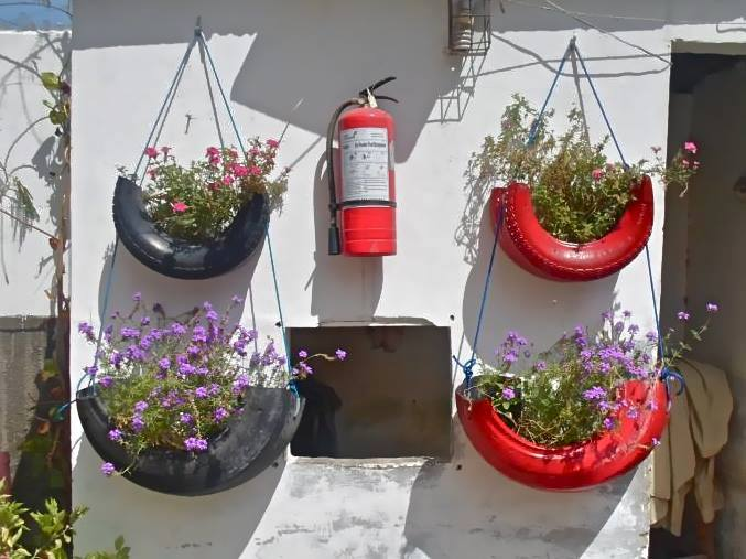 color coded tyre garden