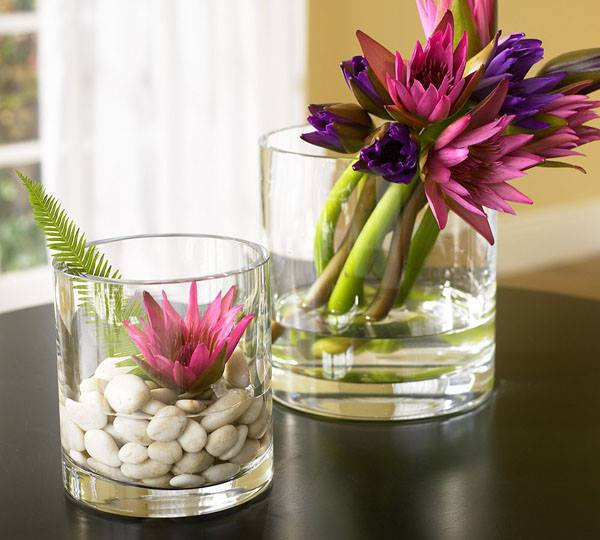 Make your home beautiful with Stylish Glass #Flowers  #Decoration