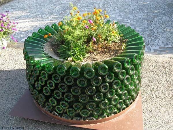 Unique container #gardening idea..!!!
