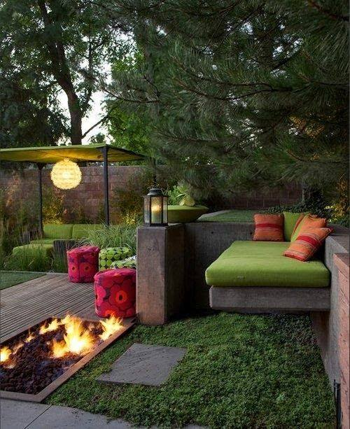 Have you ever imagine your #backyardgarden also look beautiful like this?!