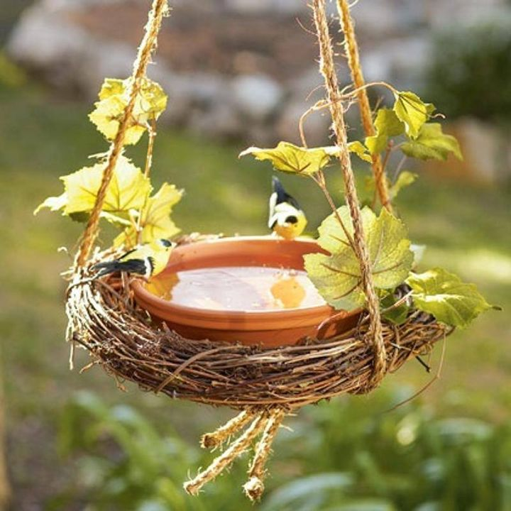 A very cute little  #birdbath for #garden