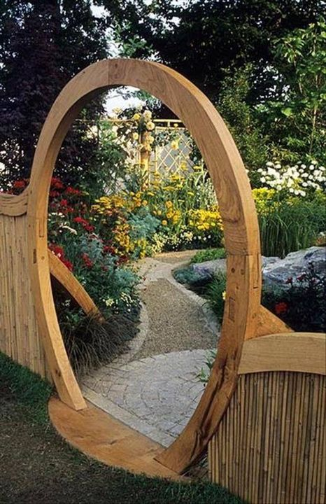 awesome garden gate!!