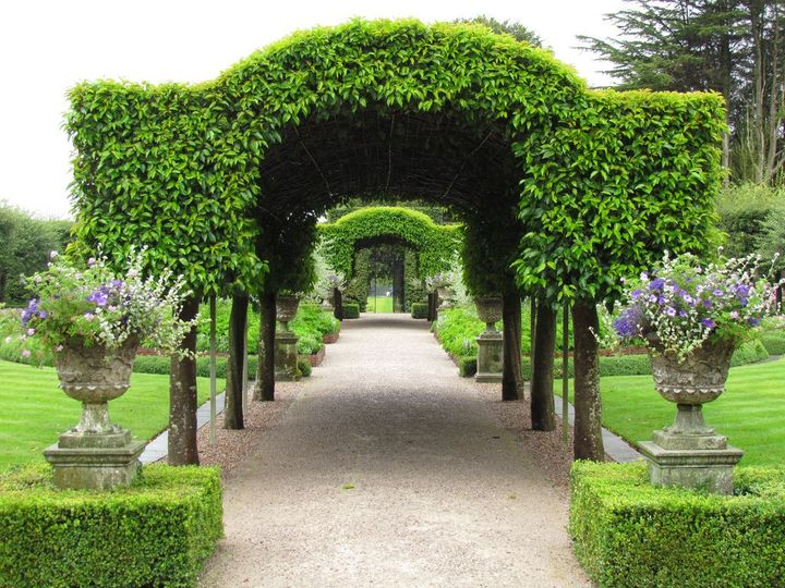 Holker Hall & #Gardens in England..!!