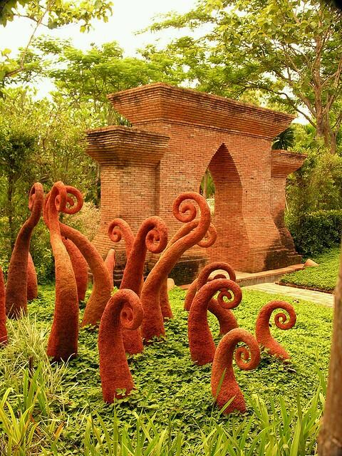 Fern #sculpture  Its really awesome 💜