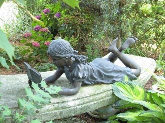 garden decor statue!