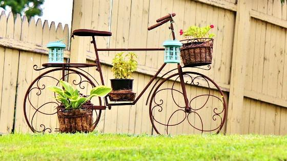 upcycling old bicycles creative garden ideas!